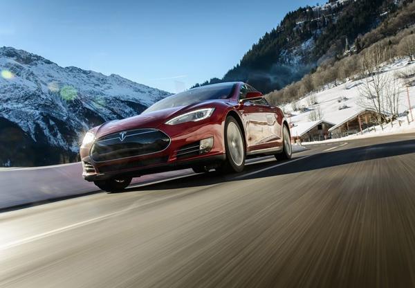 Объем поставок Tesla вырос на4,5%