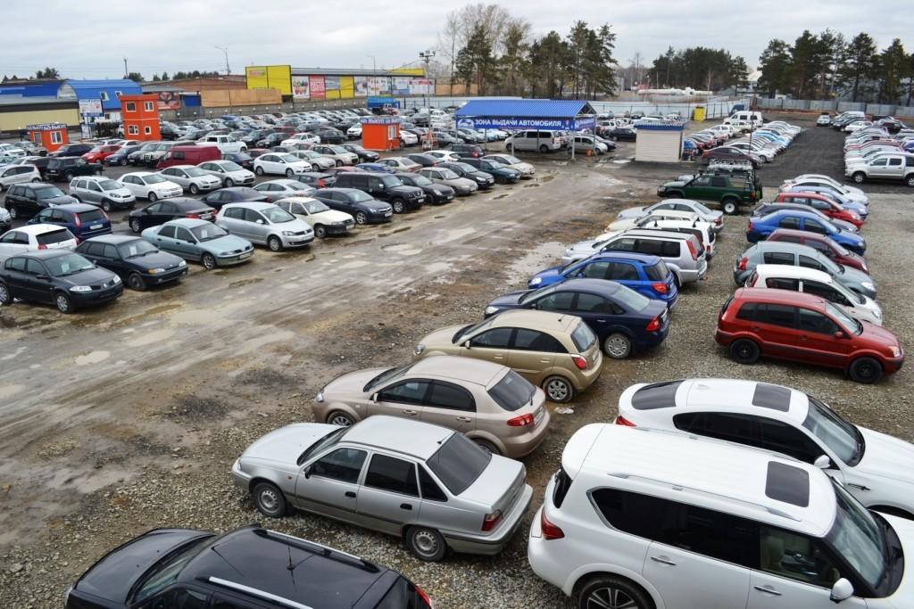 Популярные автомобили в РФ