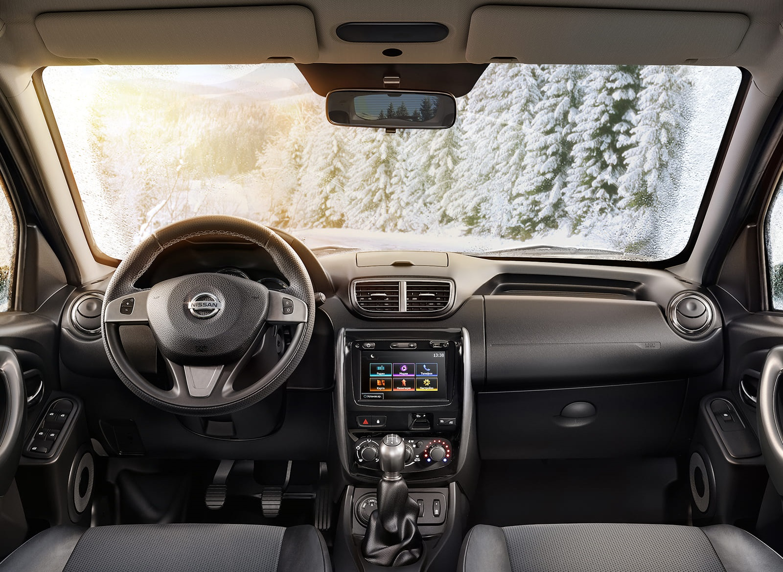 Nissan Terrano 2019 салон фото